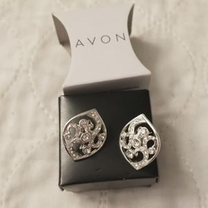 Avon Shimmer Bloom Stud Earrings Silvertone